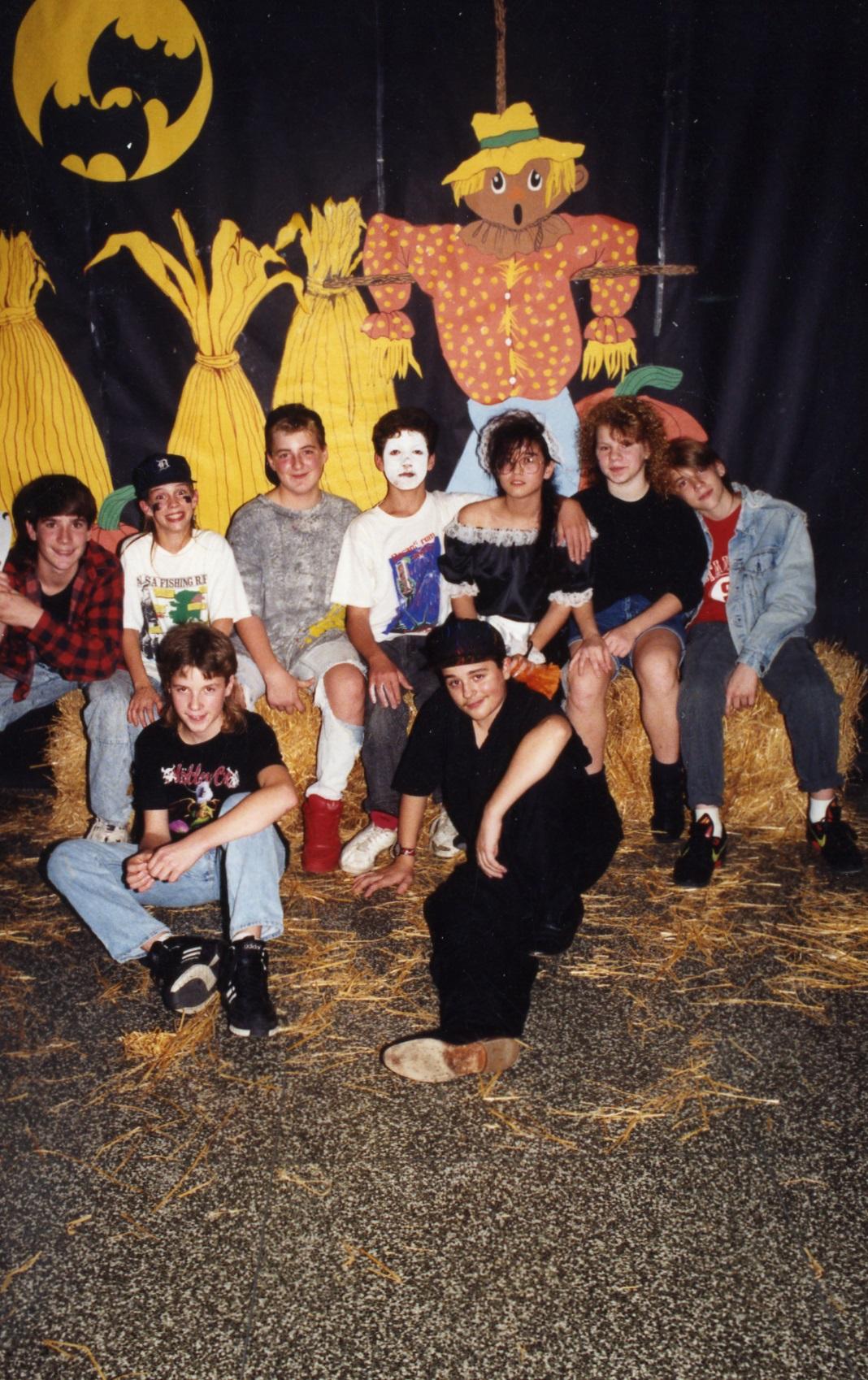 1990HalloweenDance